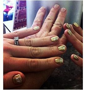 Mother Daughter Manicure
