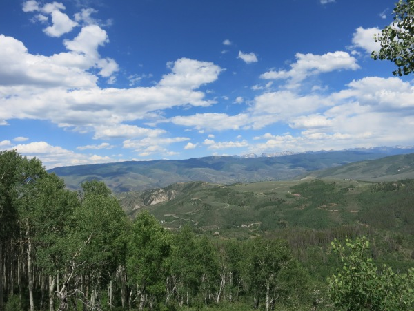 Sweeping views over Cordillera and Edwards from the Stag Gulch trail.