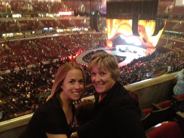 Mother-Daughter Rolling Stones