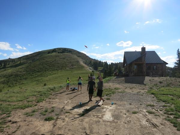 Hut Cornhole