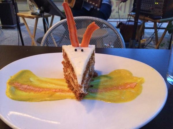 Vin 48 carrot cake